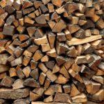 Które paliwa używać w domowych piecach?  Jak troszczyć się o dom i zieleniec jesienną porą?